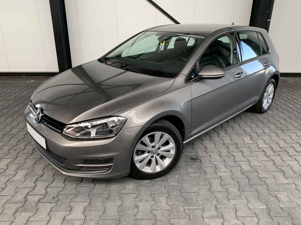 Volkswagen Golf VII 1.2 TSI Comfortline DiscoverPro Tempoma