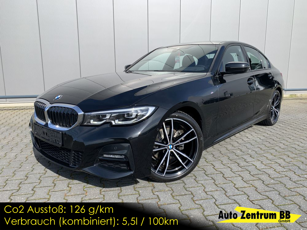 BMW 320i M Sport Driving & Park Assistant