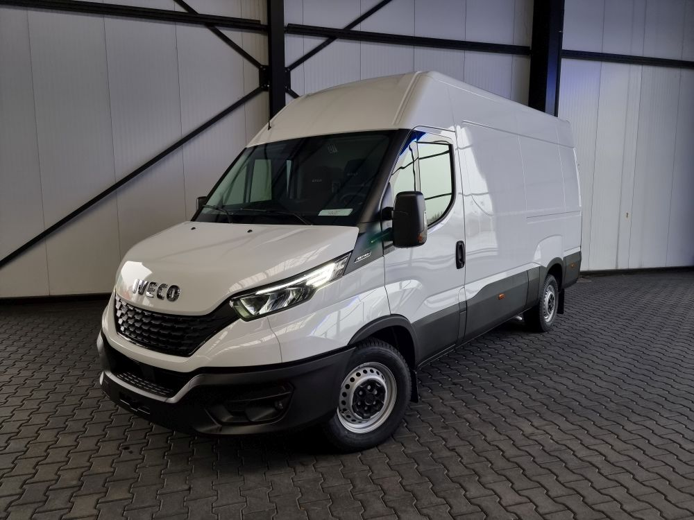 Iveco Daily 35S16 L2H2 Business Premium LED DAB Kamera